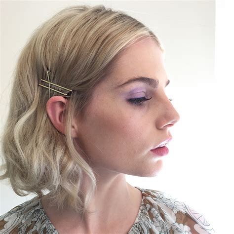 25 Bobby Pin Hairstyles You Haven't Tried but Should Glamour