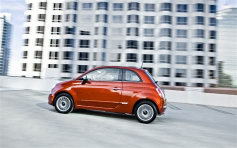 2012 Fiat 500 Lounge by 2012 Fiat 500 Lounge Test Motortrend