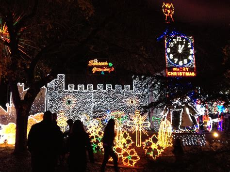top 3 christmas lights destinations in fresno i love fresno