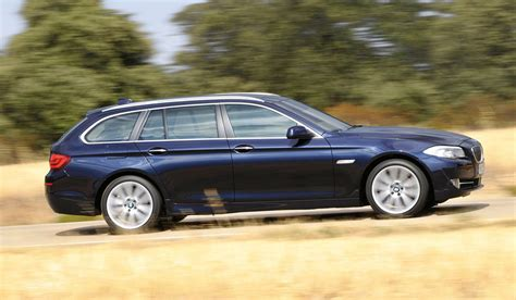 Mobil Bmw 5 Series Touring 2011 bmw 5 series sports wagon touring unveiled at
