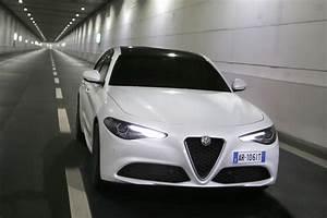 Alfa Giulia Prix : alfa romeo giulia 2016 prix moteurs quipement tout sur la giulia photo 9 l 39 argus ~ Gottalentnigeria.com Avis de Voitures
