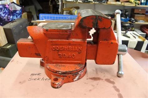 columbian vise shop collectibles  daily