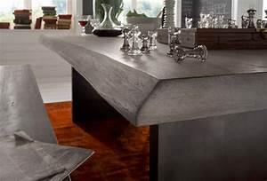 Esstisch Mit Natürlicher Baumkante : echtholz esstisch mit baumkante wildeiche ice grey w2 ~ Michelbontemps.com Haus und Dekorationen