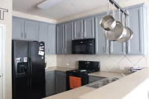 kitchen ideas with black appliances kitchen kitchen color ideas with oak cabinets and black appliances mudroom kitchen tropical