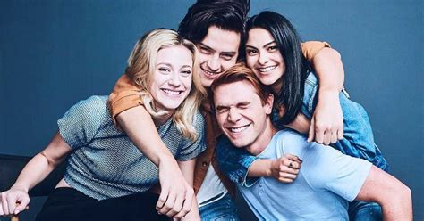 heres   cast  riverdale     landed  show narcity