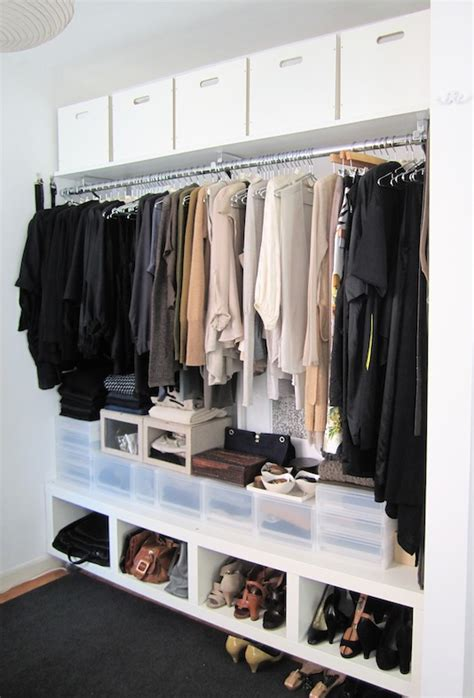 How To Organize A Clothes Closet by How To Organize Your Closet 8 Pro Tips For A Fresh Start