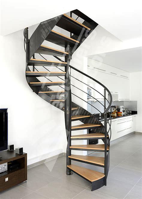 sans culotte dans l escalier dh109 spir d 201 co 174 flamme mixte escalier d int 233 rieur m 233 tallique design sur flamme centrale