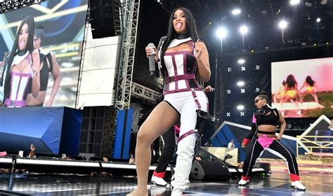 Cardi B Defends Kylie Jenner's Inclusion in