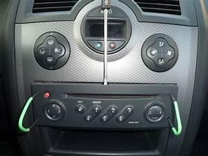 Autoradio Compatible Commande Au Volant Renault : m gane ii tuto pose autoradio sony cdx gt640ui interface affichage p0 plan te renault ~ Melissatoandfro.com Idées de Décoration