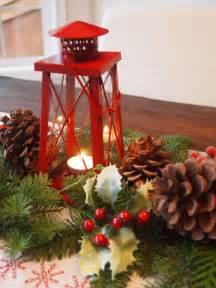 30 eye catching christmas table centerpieces ideas