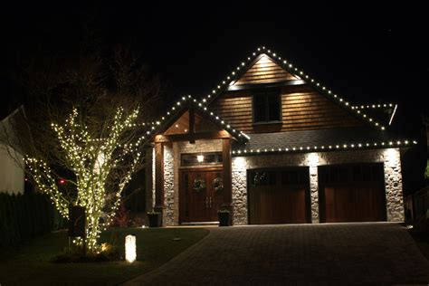 how to christmas lights on house how to install christmas lights on a tree light knights