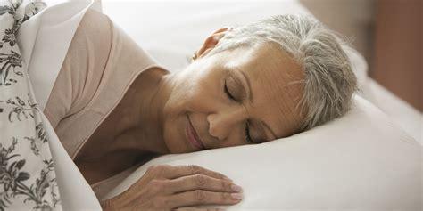 Researchers Explain Why Elderly Sleep Less • States Chronicle