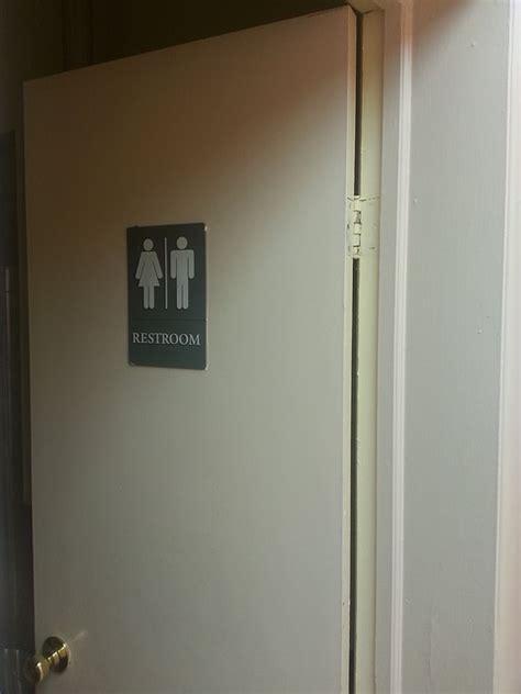 bathroom washroom toilet  photo  pixabay