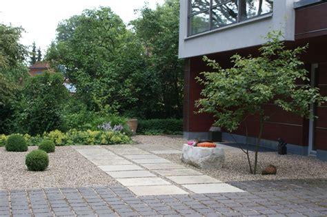 Trittplatten Für Rasen by Vorgarten Mit Kies Und Rasen Steensrunning Club