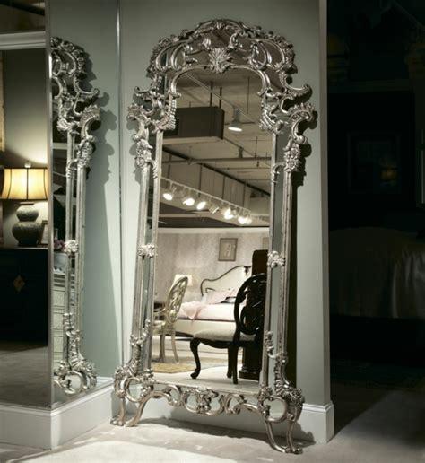 cadre chambre fille le miroir baroque est un joli accent déco archzine fr