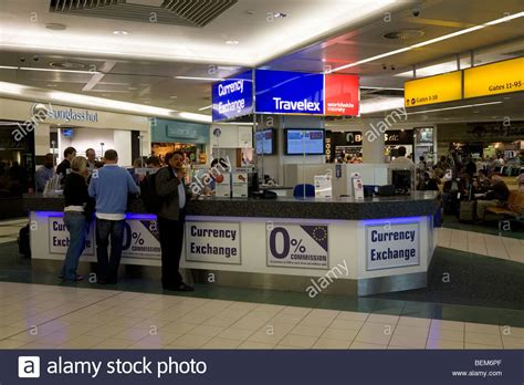 bureau de change com bureau de change office operated by travelex at gatwick