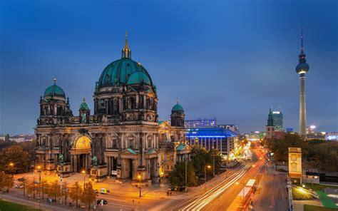 Building At Evening Berlin Germany City Hd Wallpaper