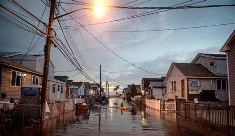 streets flood   tide  debate  city aid