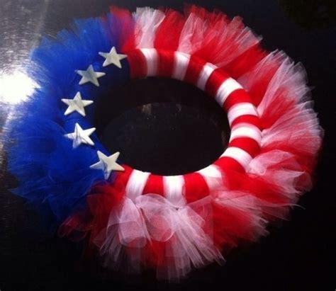 awesome handmade   july wreath ideas