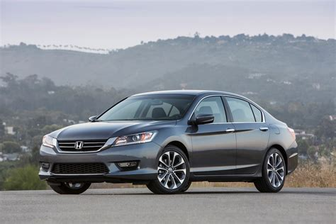 honda accord reviews research accord prices specs