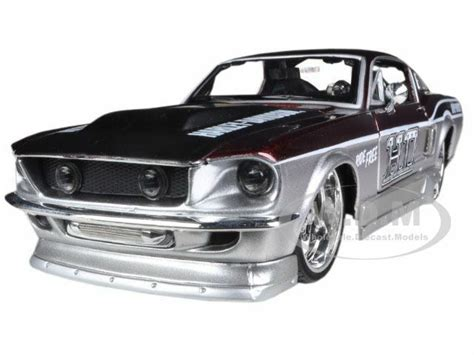 1967 ford mustang gt silver harley davidson 1 24
