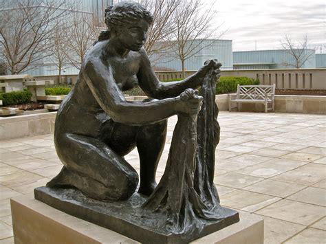 Kansas City Daily Photo Renoir Sculpture