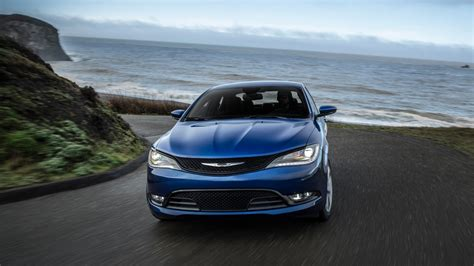 Chrysler 200 Wallpaper