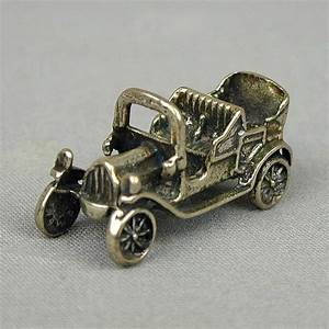 Charmes Automobile : vintage peugeot sterling silver old car charm pendant from greatvintagestuff on ruby lane ~ Gottalentnigeria.com Avis de Voitures