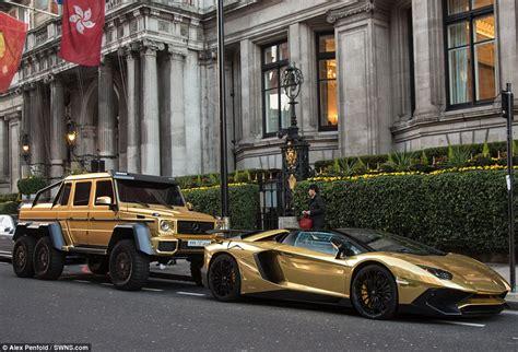 mercedes benz jeep gold flashy fleet saudi sheikh shows off golden mercedes g63