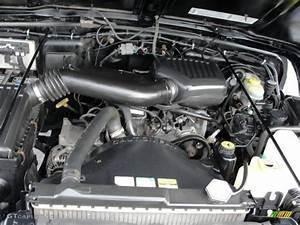 2000 Jeep Wrangler Se 4x4 2 5 Liter Ohv 8