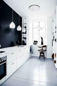 Schwarz Weiße Küche : moderne wei e k che zeigt stil und eleganz vereint modernit t und funktionalit t ~ Markanthonyermac.com Haus und Dekorationen