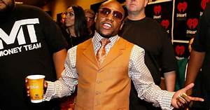 how much did mayweather win
