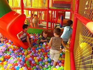 Rutsche Kinder Garten : kinder indoor spielplatz kidsland in iasi im shopping ~ Articles-book.com Haus und Dekorationen