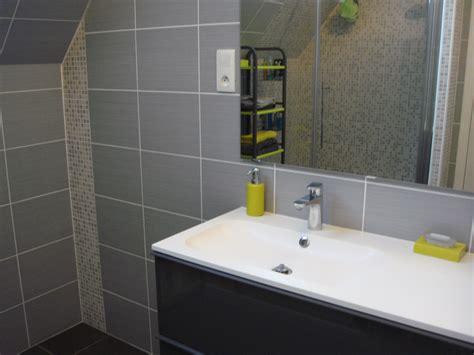 faience grise salle de bain survl