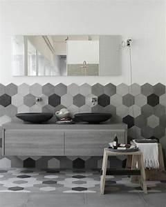 Badezimmer Ideen Grau : graue fliesen f rs badezimmer 61 bilder die sie beeindrucken werden ~ Eleganceandgraceweddings.com Haus und Dekorationen