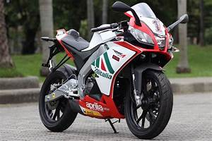 Aprilia Rs4 125 : aprilia rs4 125 tuning motorcycles pinterest ~ Medecine-chirurgie-esthetiques.com Avis de Voitures