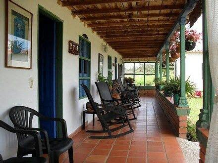 corredor finca paisa colombia traditional house