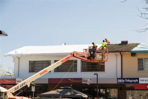 edgars inn  ainslie closes  asbestos removal begins
