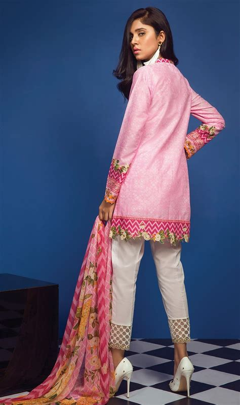 lawn collection orient lawn  unstitched classic otl