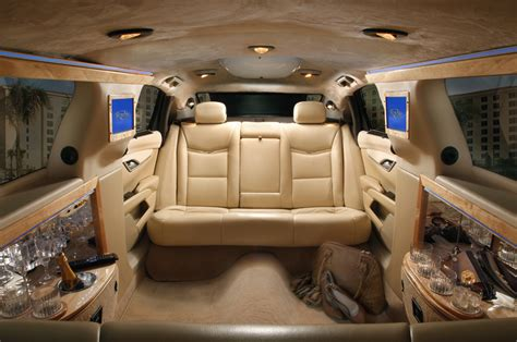 Limousine Rental Nyc by Top 6 Reasons To Hire A Limousine Rental Company In Nyc