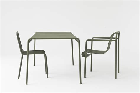 chaise bouroullec chaise palissade r e bouroullec anthracite hay