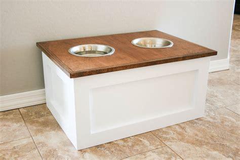 amazing diy dog feeding stations  storage playbarkrun