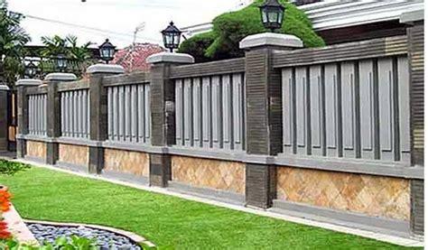 Untuk menjaga rumah anda agar semakin aman, anda bisa lho menambahkan. Contoh Pagar Tembok Batu Alam Minimalis - Design Rumah Terkini