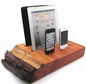 Dockingstation Ipad Und Iphone : dual ipad and dual iphone docking station with wireless speaker gadgets matrix ~ Markanthonyermac.com Haus und Dekorationen