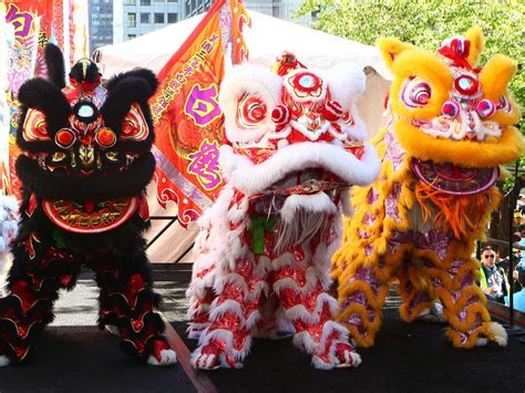 laurel lunar  year  lion dance parade oakland