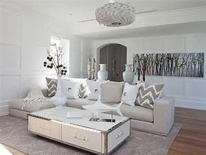 idee deco salle a manger salon pour tous les gouts With tapis champ de fleurs avec canapé gris et blanc