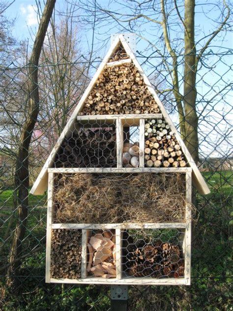 insektenhotel selber machen insektenhotel selber bauen handmade kultur