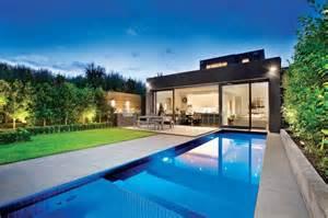 Stunning House Pools Design Ideas by 澳大利亚armadale现代简约别墅 设计之家