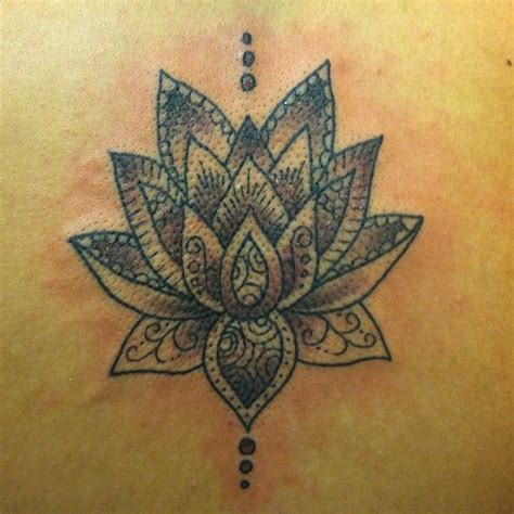 henna lotus tattoos designs
