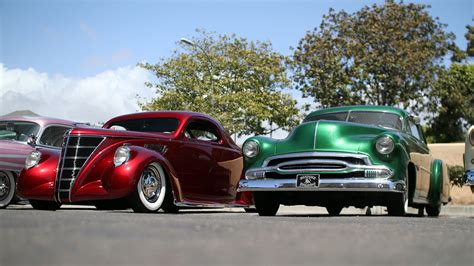 Classic Vintage Cars Wallpaper